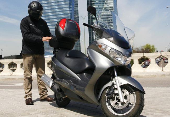 Accesorios y maletas para el Suzuki Burgman 125