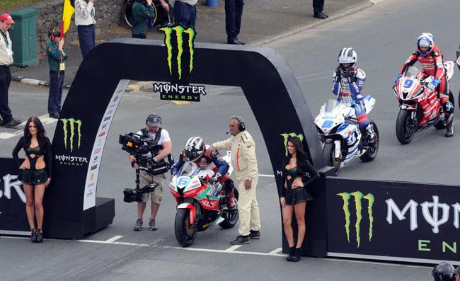 Michael Dunlop - Tourist Trophy de la Isla de Man 2014