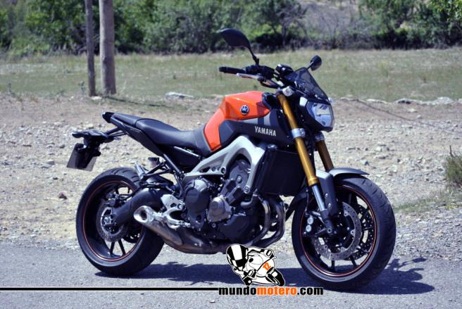 Prueba Yamaha MT-09. Buscando mi lado oscuro en ciudad y autovia