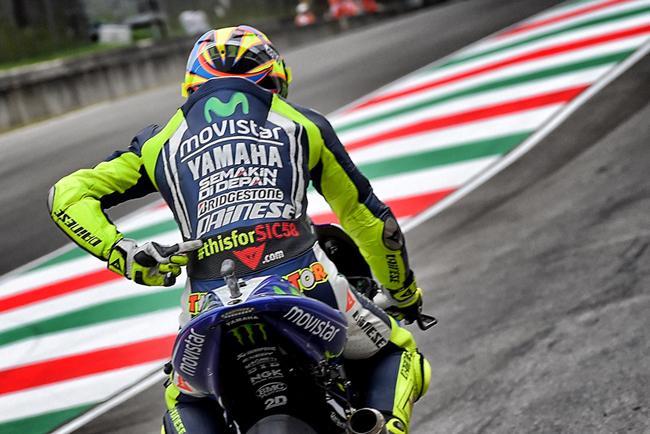 mono de cuero de Valentino Rossi #THISISFORSIC58