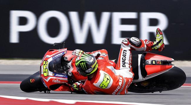 MotoGP Cal Crutchlow pasa por el quirofano con su futuro por decidir