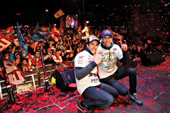 La celebracion de los hermanos Marquez en Cervera