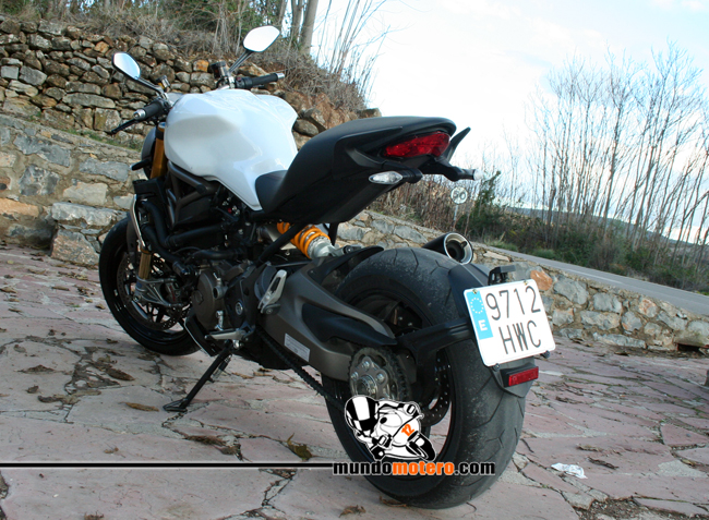 Prueba Ducati Monster 1200 S
