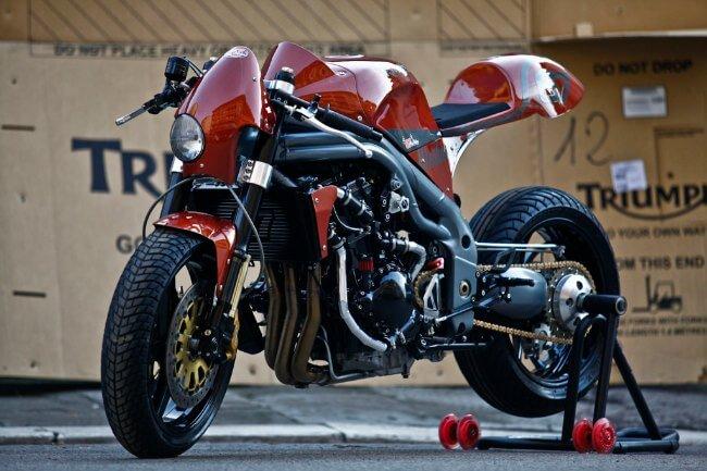 Triumph Weslake by Olivi Motori