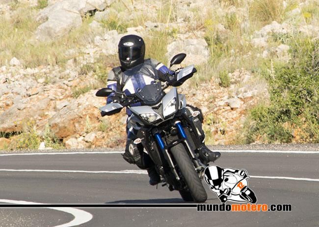 Prueba Yamaha Tracer 900 opiniones