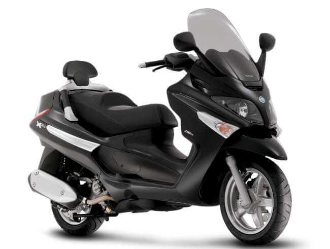 Piaggio X Evo 250 2015