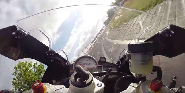 BMW S1000RR en Nurburgring
