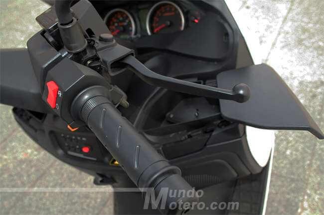 Riya Adonis 125 scooter GT