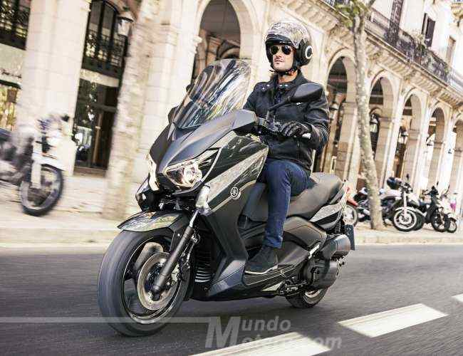 mejor scooter 125 Yamaha X-Max 125
