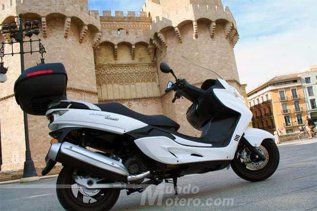 scooter GT Riya Adonis 125