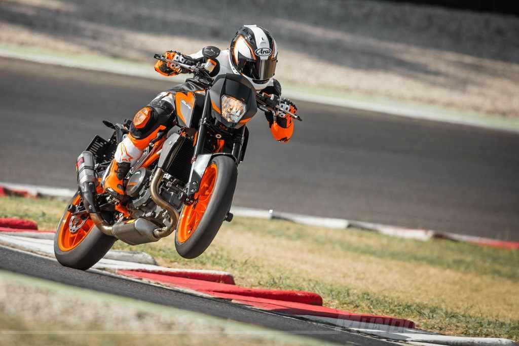 Novedades motos KTM 690 Duke