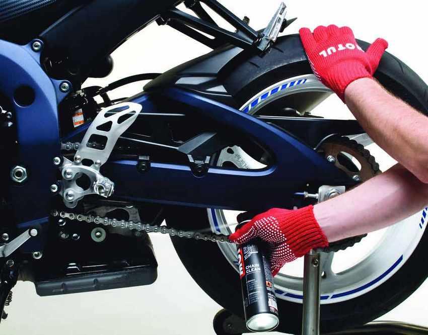 Como engrasar una cadena de moto