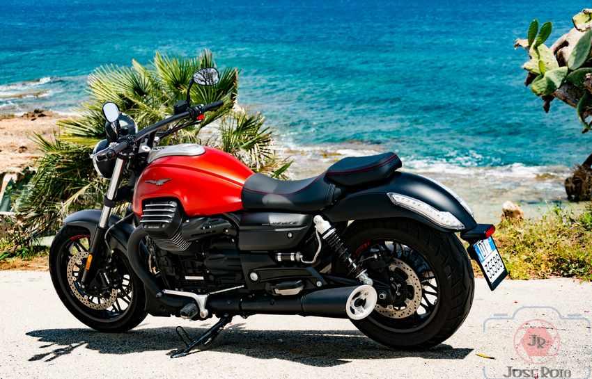 Opiniones Moto Guzzi Audace 2015
