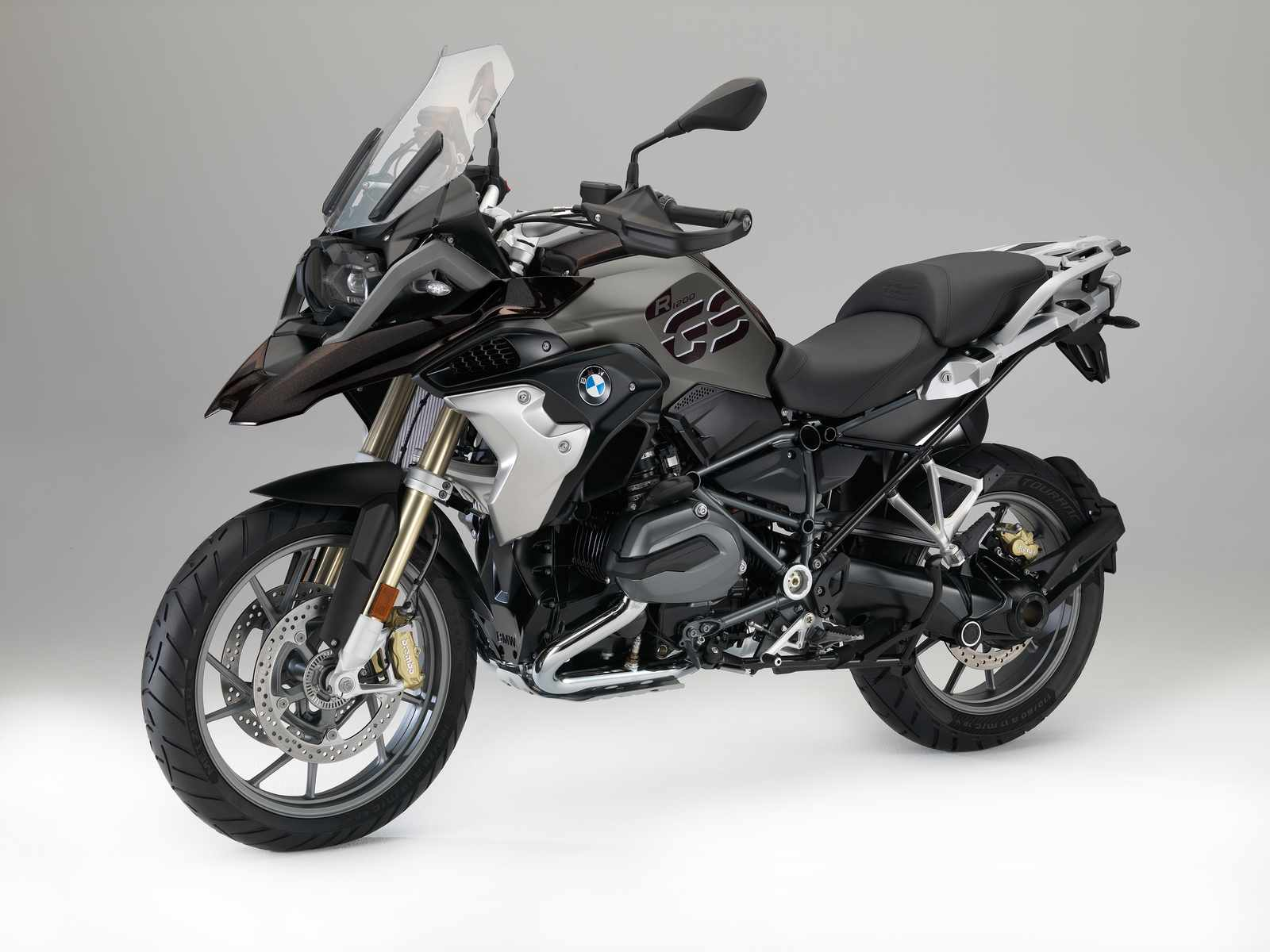 bmw motos 2017 precios novedades y detalles. Black Bedroom Furniture Sets. Home Design Ideas