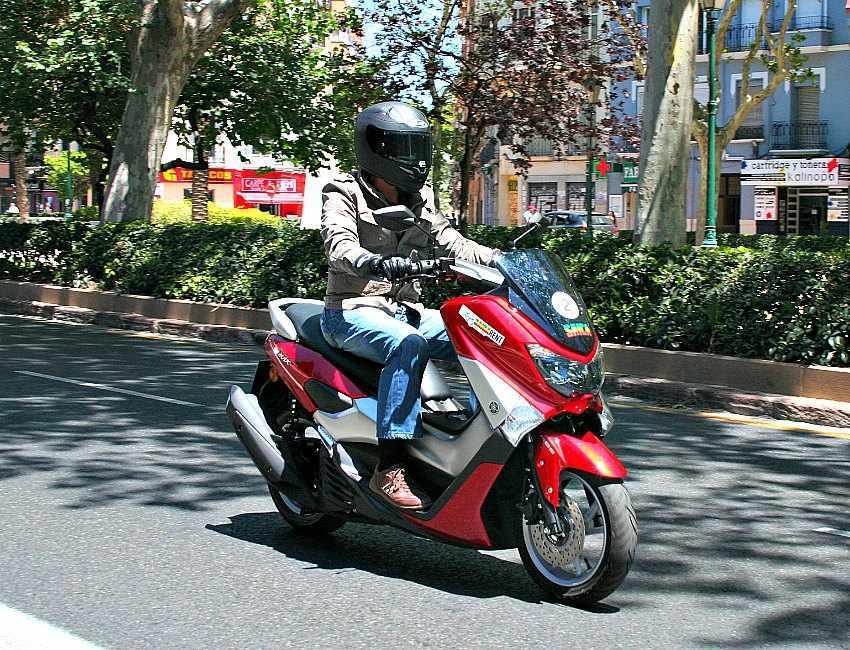 Prueba Yamaha NMax 125