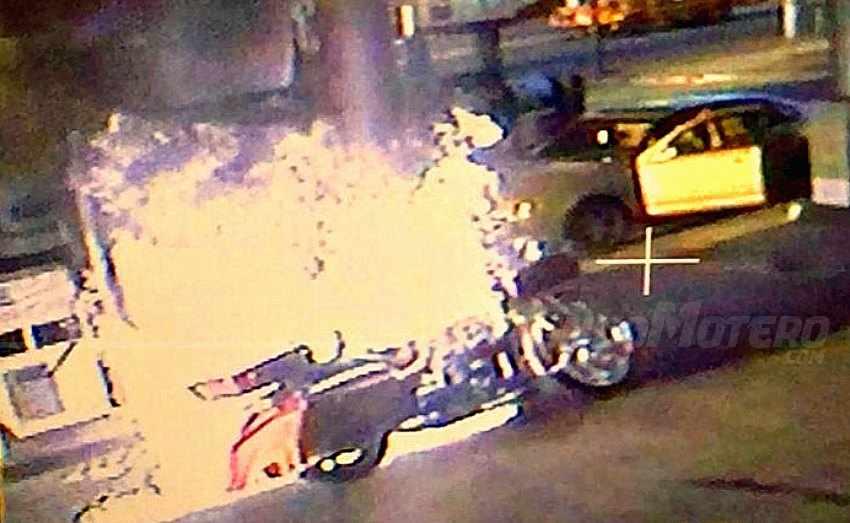 Como repostar gasolina en moto