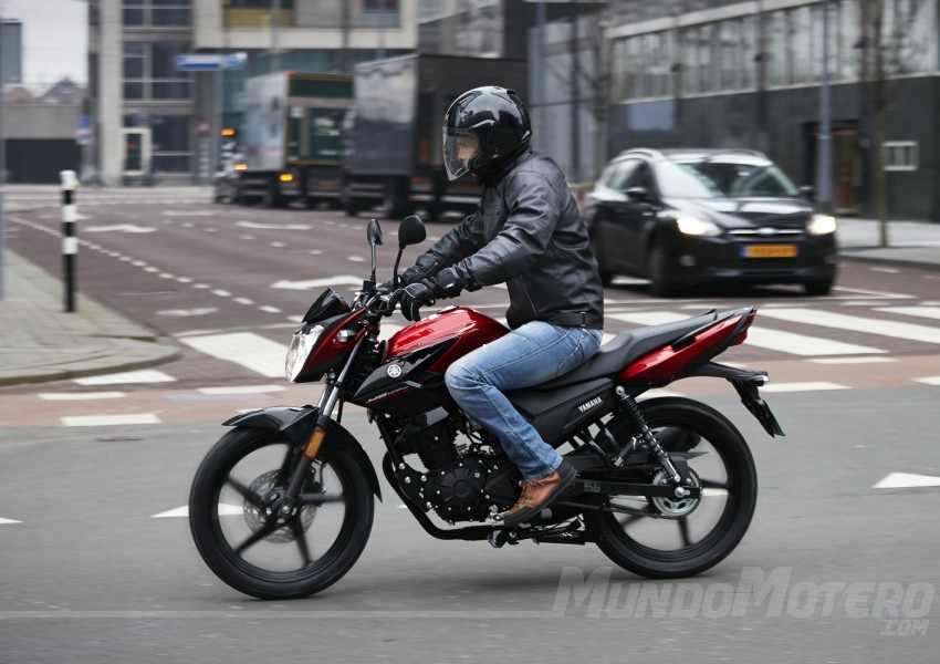 Prueba Yamaha YS125