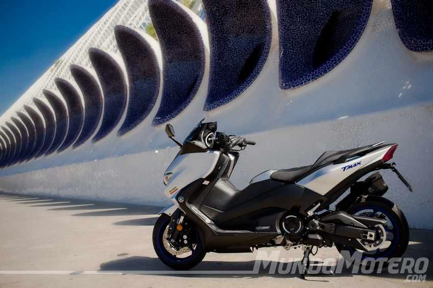 Opiniones Yamaha TMAX SX