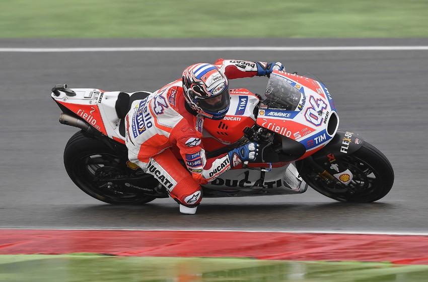 Andrea Dovizioso llega como líder de MotoGP al GP de Alemania.