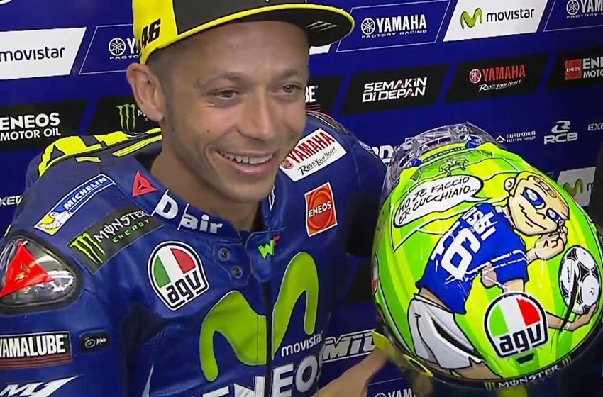 Valentino Rossi, como es tradición, ha estrenado nuevo casco en Mugello.