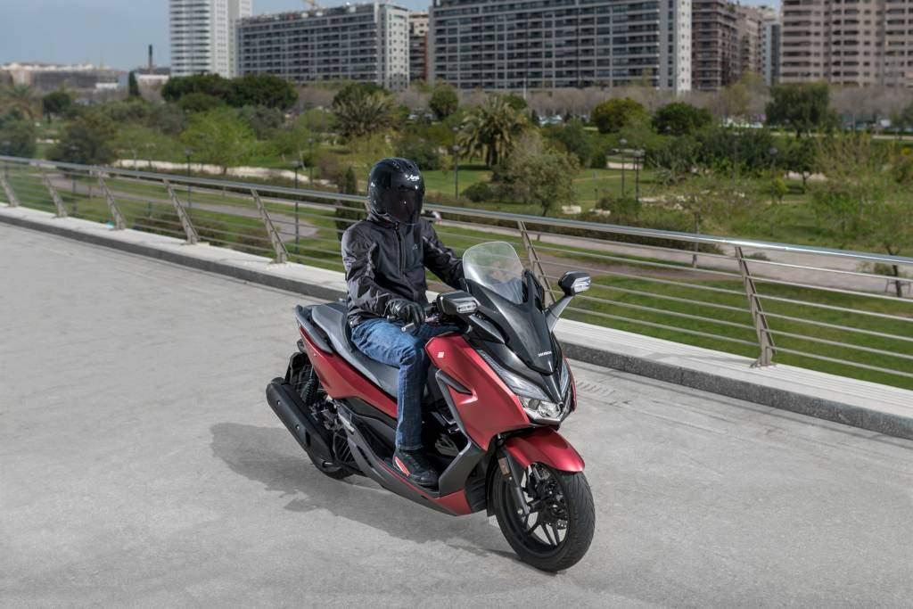 Nuevo scooter Honda Forza 125