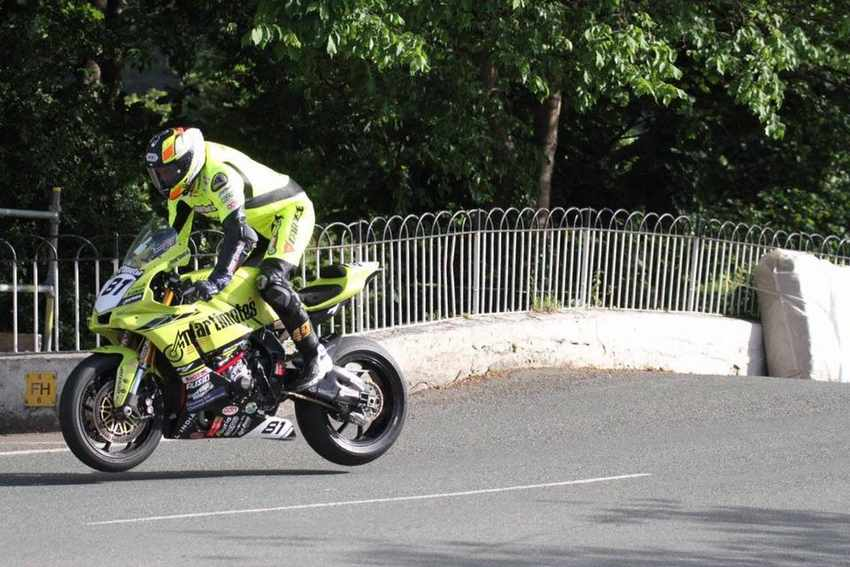 Raul torras TT2017 Ballaugh Bridge