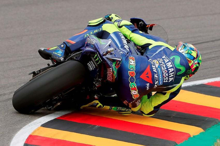 Valentino Rossi ha terminado quinto en Sachsenring. No ha podido esta vez con Viñales.