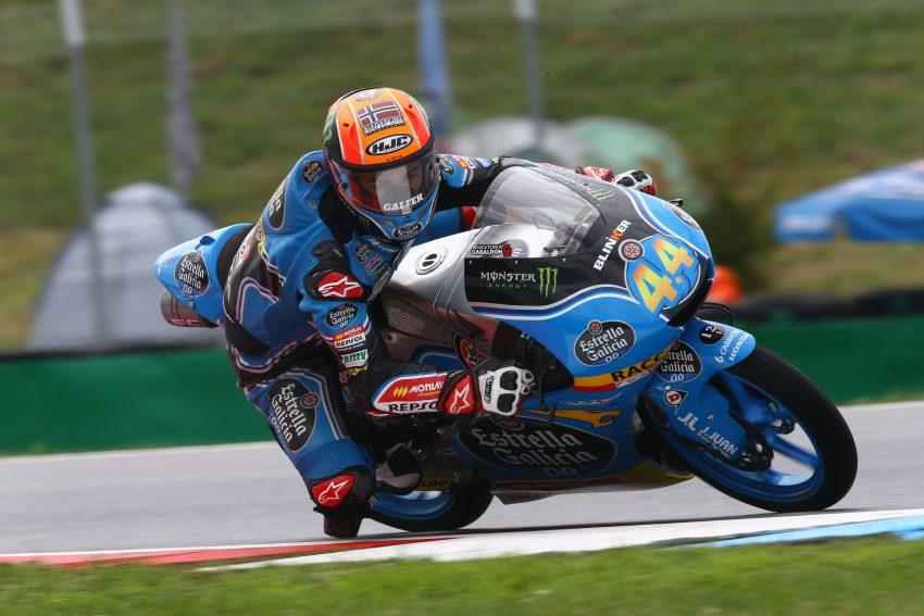 Aron Canet ha cuajado una gran remontada hasta alcanzar el podio de Moto3 en Brno.