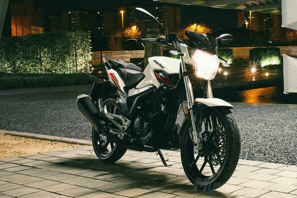 motos 125 naked MACBOR Stormer R