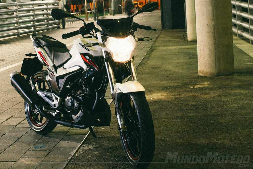 motos naked 125 MACBOR Stormer R