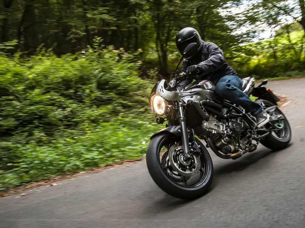 Novedades motos 2018 Suzuki SV650X