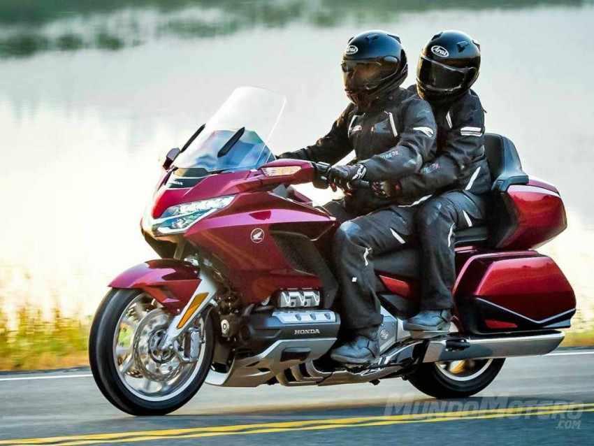 motos comodas para viajar dos personas