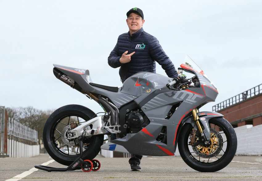 John McGuinness con MD Racing en el TT 2018 en Supersport