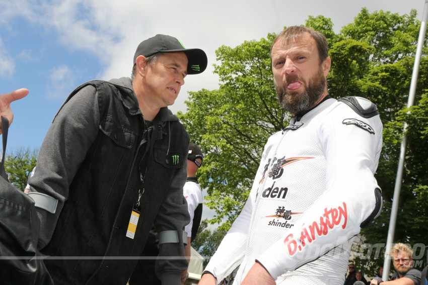 Joihn McGuinness y Bruce Anstey