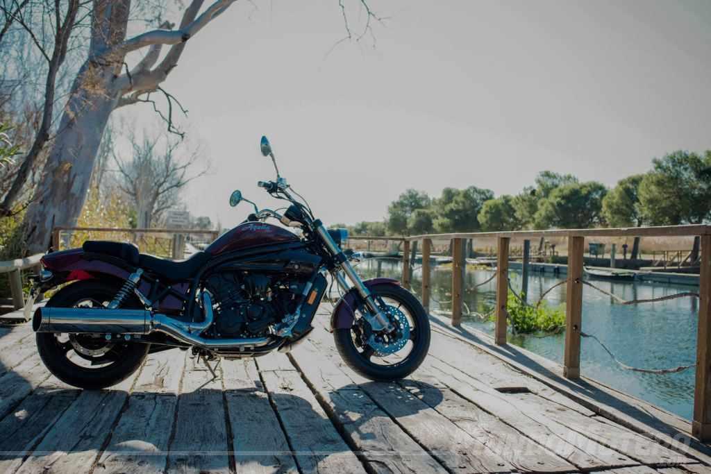 Prueba Hyosung Aquila Pro 650 2018 – Una moto custom de primer nivel