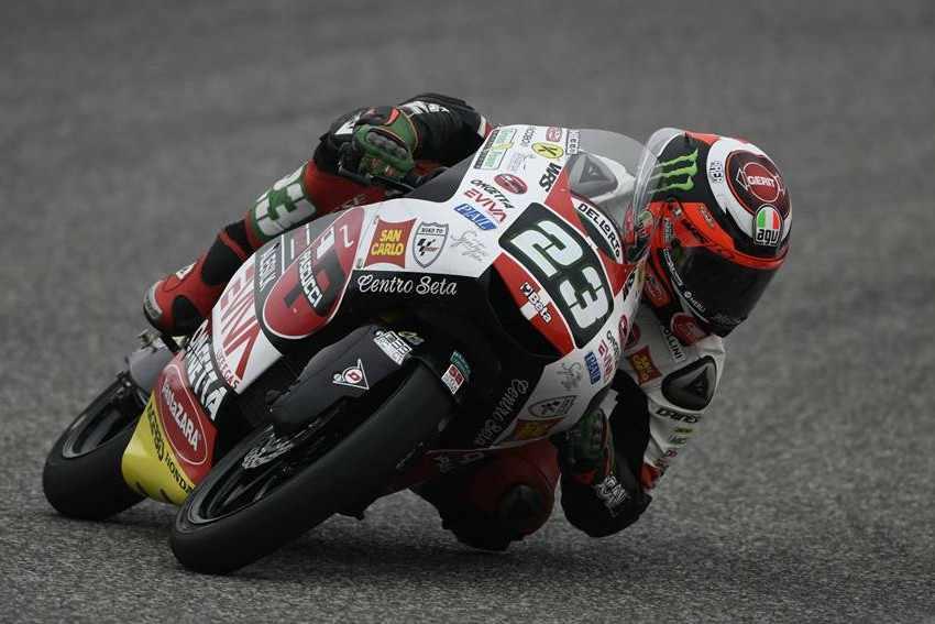 Nicolo Antonelli lidera los entrenamientos del viernes de Moto3 en Jerez