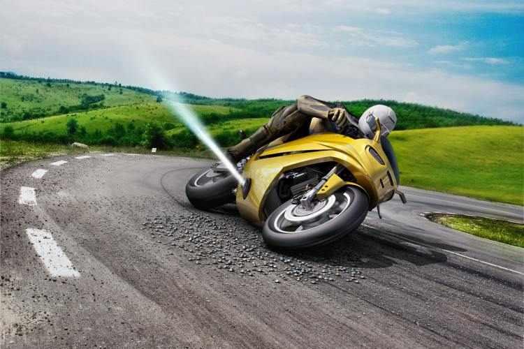Bosch Rider Assistance, el sistema para evitar caídas en moto