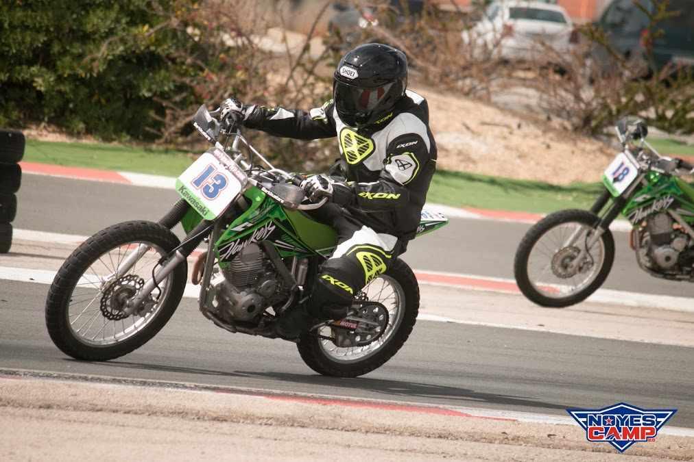 Curso de conducción de moto en Noyes Camp