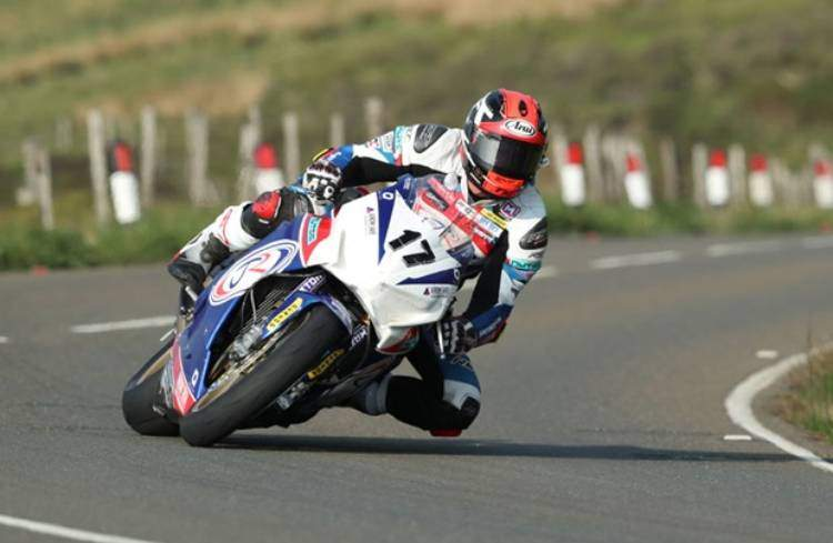 Steve Mercer en 'estado critico' pero estable tras un accidente en el TT
