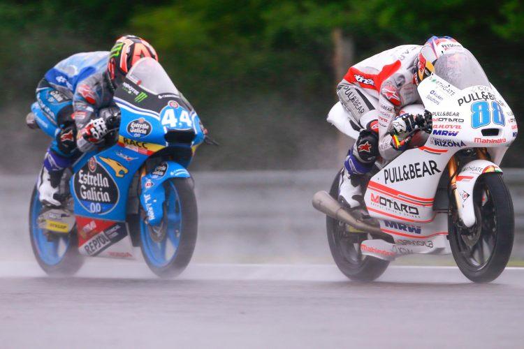 Arón Canet y Jorge Martín durante el GP de la Rep. Checa en 2016