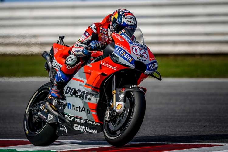 Andrea Dovizioso tiñe de rojo Ducati el Gran Premio de San Marino