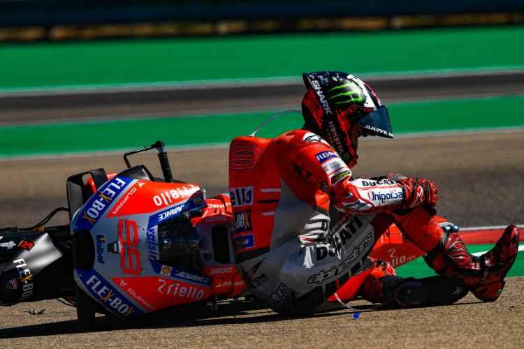 Jorge Lorenzo carga contra Marc Marquez por su caída en Motorland