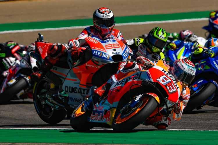 Caída de Jorge Lorenzo en el Gran Premio de MotoGP de Motorland Aragon