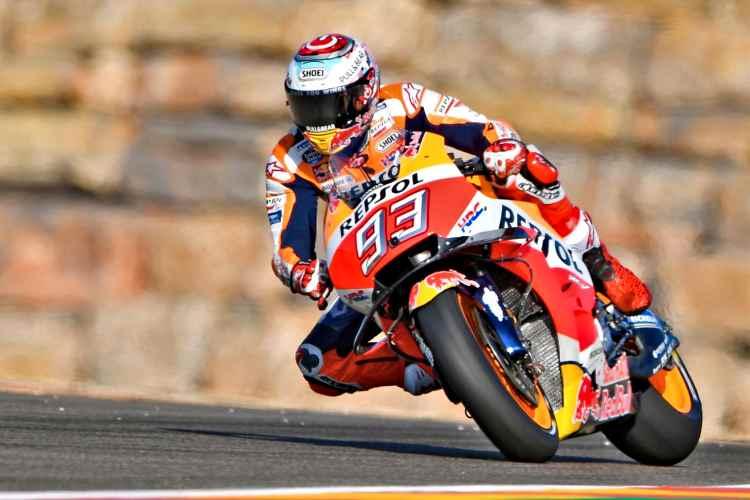 Marc Marquez para a las Ducati en los primeros entrenamientos en Motorland