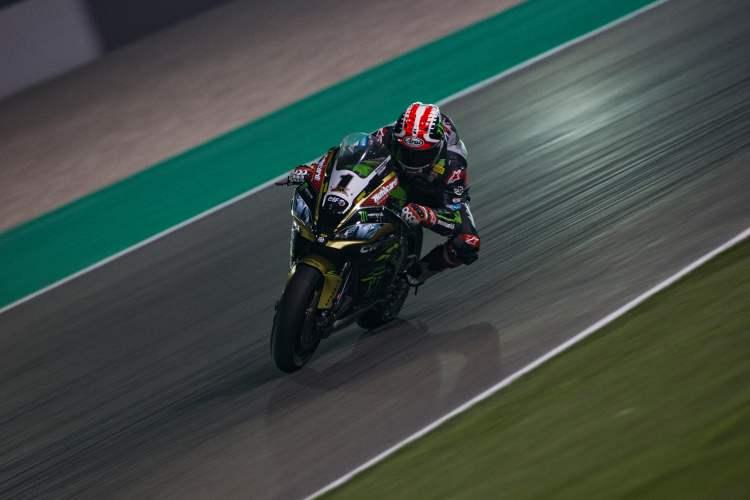 Jonathan Rea vence la primera carrera de SBK en Qatar