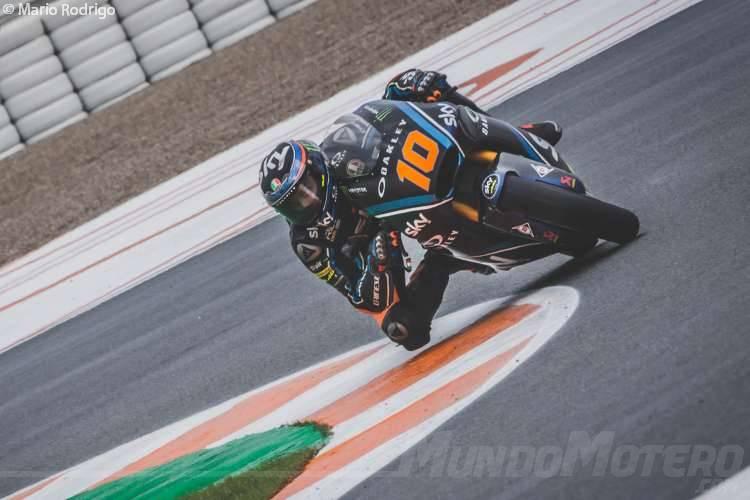 Luca Marini consigue su segunda pole de Moto2 en Valencia.