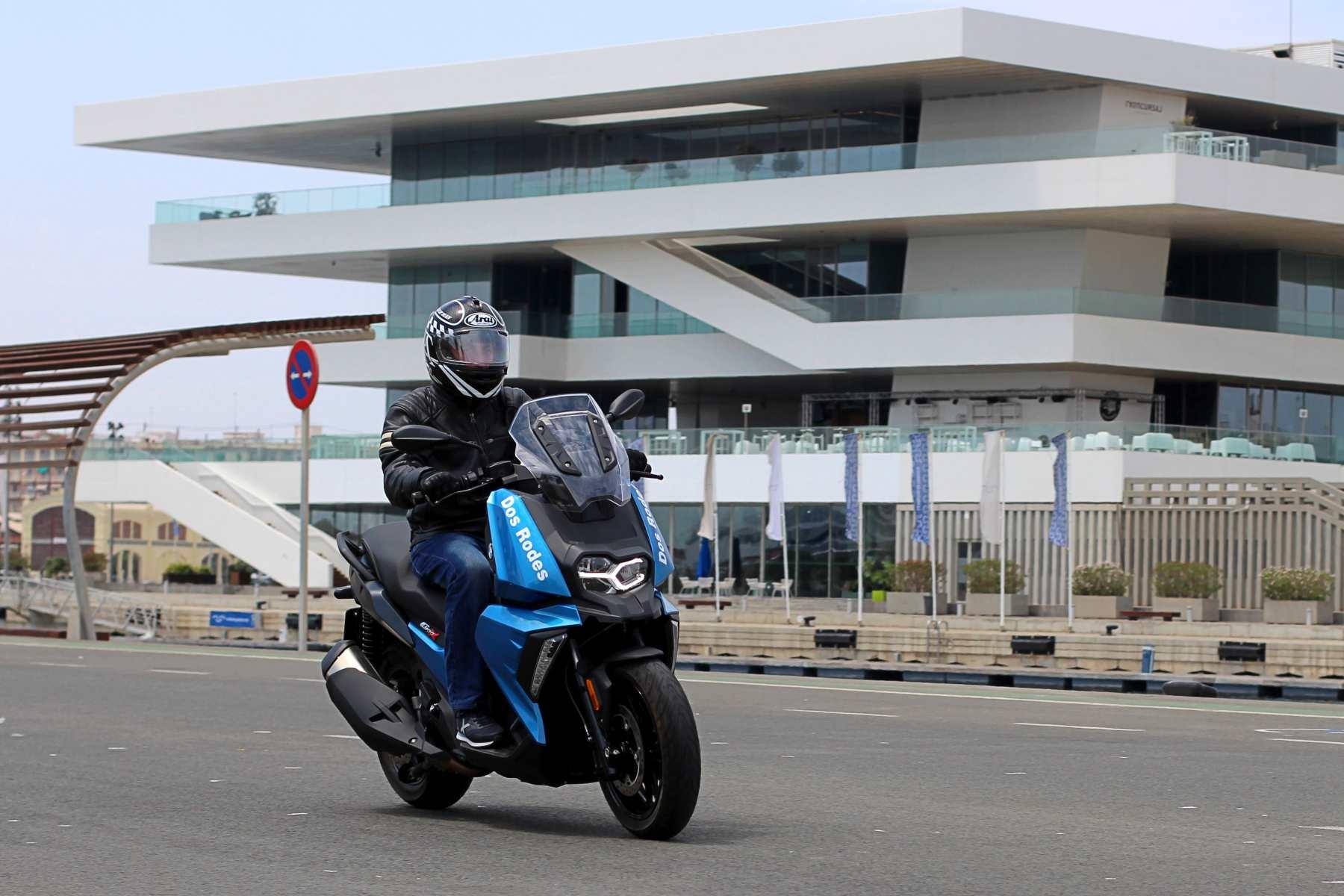 Prueba BMW C 400 X