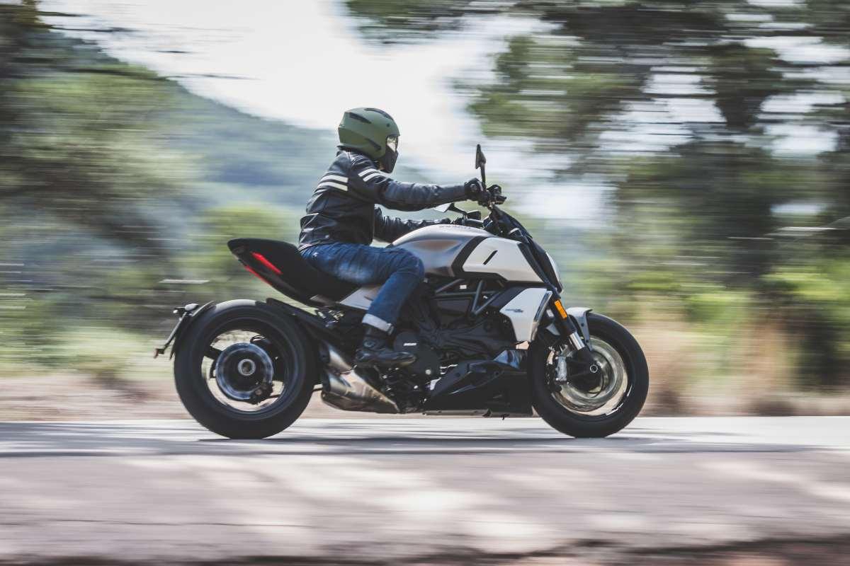 Prueba Ducati Diavel 2020