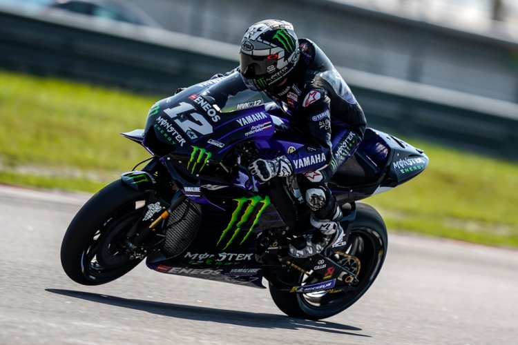 Maverick Viñales vuela en Sepang en el segundo día de test de MotoGP