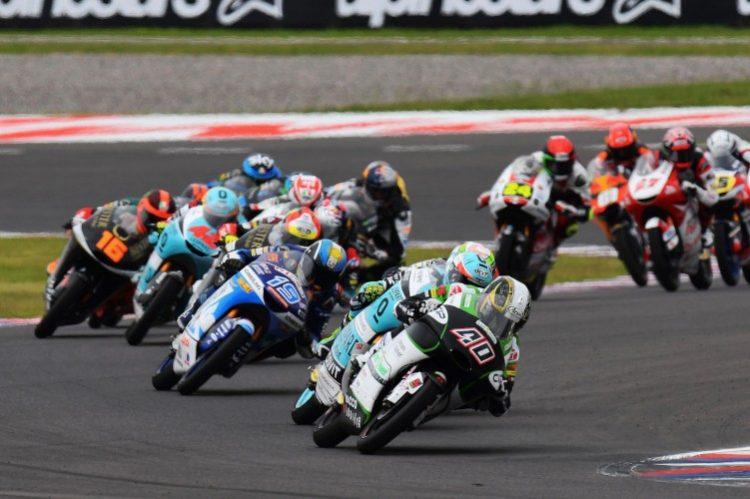 Darryn Binder a la cabeza de la prueba en el pasado Gran Premio de Argentina